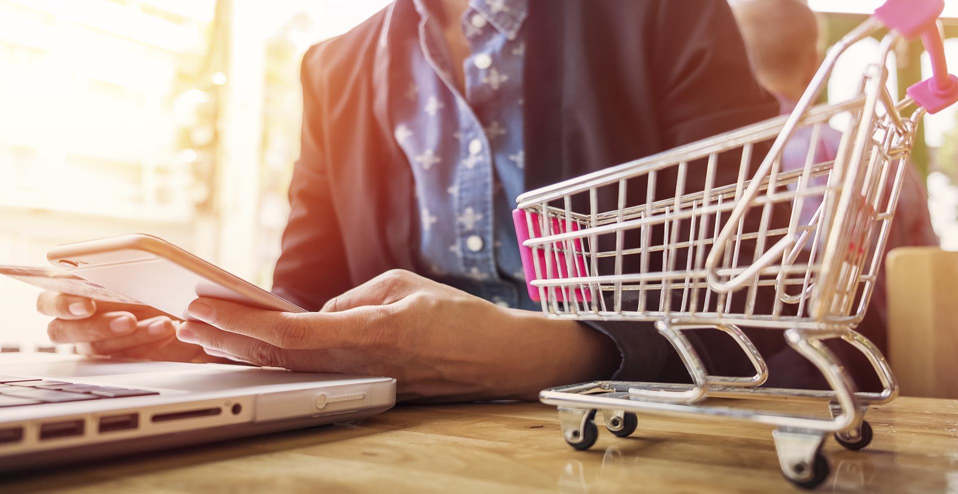 09 ecommerce - E-Commerce
